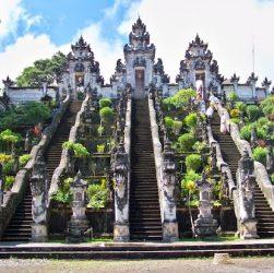 bali's biggest temple pura besakih