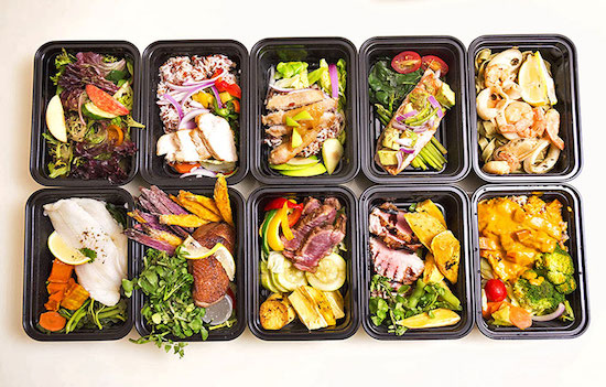 lunch boxes to save money on food