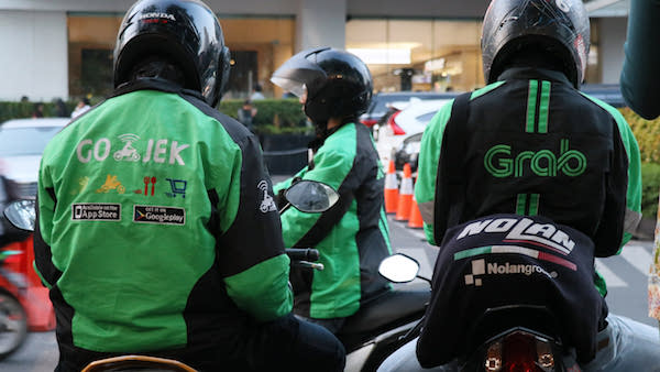 how to get around in bali gojek and grab indonesia