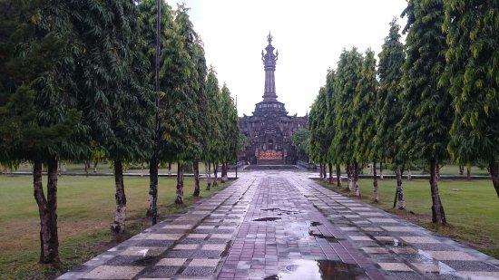 renon city park bali