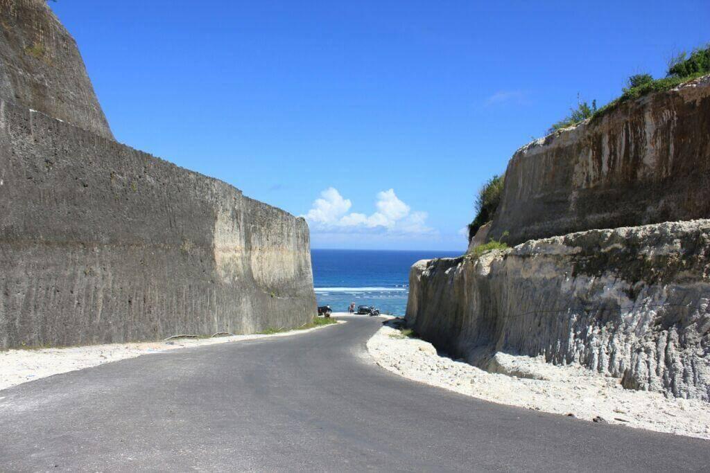 The Path to Pandawa Beach